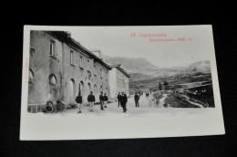 15-  IV. Cantoniera, Selviostrasse 2485 M. / Persone - Italia