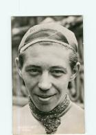 Maurice NEYT , Coureur  Belge -  Cyclisme - 2 Scans - Cyclisme