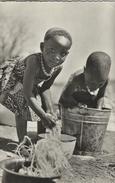 Republique De Guinee. - La Lessive. Sent To Sweden 1961.   S-3005 - Guinea