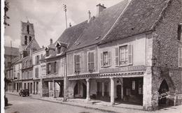 CARTE POSTALE   ETAMPES 91  Les Piliers (XII° Siècle) - Etampes