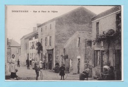 NOIRTERRE 1917 -- Rue Et Place De L'Eglise + Commerces + Belle Animation - Autres Communes