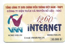 1 Télécarte Vietnam Viet Nam Usagée 50.000 D 2 Scans - Vietnam