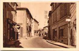 MAUZE-sur-le-MIGNON - La Grande Rue (Centre) - Mauze Sur Le Mignon