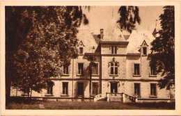 MAUZE-sur-le-MIGNON - Le Château (Face) - Mauze Sur Le Mignon
