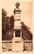MAUZE-sur-le-MIGNON - Le Buste De René Caillié - Mauze Sur Le Mignon