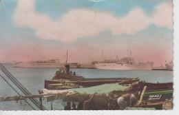 """CPSM (Djibouti) - Le Port - La""""Marseillaise"""" Et Le """"Félix Roussel"""" - Djibouti"""