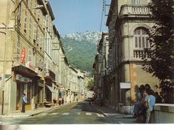 Roquevaire  En Provence  L Avenue Des Allies   Le Tabac Escavi - Roquevaire