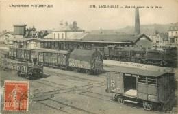63 - LAQUEUILLE - GARE - TRAINS EN GARE - L' AUVERGNE PITTOREQUE N° 3274. - Sin Clasificación