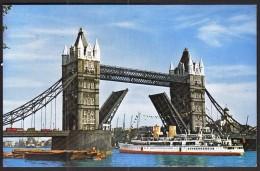 United Kingdom Kensington 1971 / Tower Bridge, London / River Thames / Ship