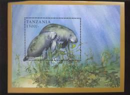 TANZANIA   1695  MINT NEVER HINGED SOUVENIR SHEET OF ENDANGERED ANIMALS - Briefmarken