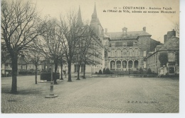COUTANCES - Ancienne Façade De L'Hôtel De Ville, Adossée Au Nouveau Monument - Coutances