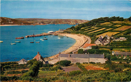 CPSM New Grimsby Harbour,Tresco,Scilly    L2288 - Scilly Isles