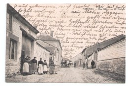 CPA 02 FRESNES / RUE NEUVE  LA BASCULE  / TRÈS ANIMÉE / 1914 - France