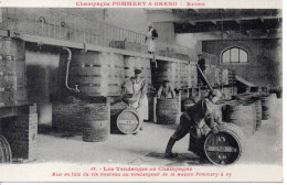 51 REIMS - Champagne POMMERY Et GRENO - Reims - 18 - Travail De La Vigne En Champagne - Mise En Fûts Du Vin Nouveau - Reims