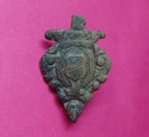 HUNGARY OR CROATIA BRONZE AMBLEM BADGE XIII - XV C.A.D. - Archéologie