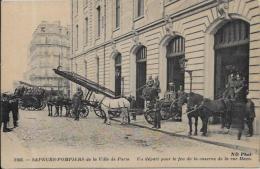 CPA Pompiers De Paris Métier Fire Fireman Non Circulé éditeur ND Caserne Haxo - Artisanry In Paris