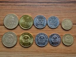Vietnam 200 500 1000 2000.5000 Dong. Set Of 5 Coin , Asia Coins. EF - Vietnam