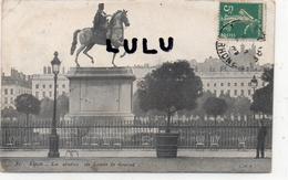 DEPT 69 : Lyon , La Statue De Louis Le Grand ( Superbe écriture Pour Le Chef De Musique De Granville 2 Scans ) - Otros