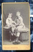 Photo-carte De Visite / CDV / 2 Scans / Filles / Girls / Victoire & Arambourg / Lyon / France - Anciennes (Av. 1900)