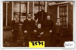 PBS1  AK PC  CARTE PHOTO 3541  GROUPE FAMILLE A  SONDEL - Niederlande