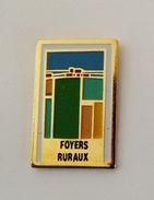 Pin's Foyers Ruraux - 39R - Pin's