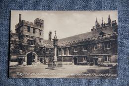 OXFORD - CORPUS CHRISTI College, QUADRANGLE - Oxford