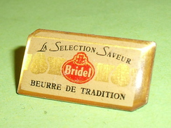 Pin's / Alimentation : Bridel , Beurre De Tradition TBj - Alimentation