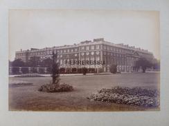 LONDON HAMPTON COURT  PHOTO 1897 - Ancianas (antes De 1900)