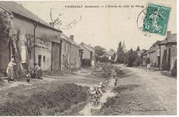 08  FAISSAUT  L'entrée Du Côté De Margy, Lavandières - France