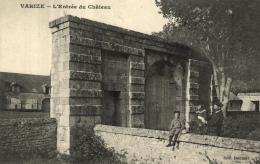 A 2414 - Varize (57) L'Entrée Du Chateau - France