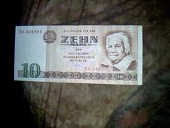 Billet De Banque RDA  Alemagne Republique Democratique Allemande De 10 Marks Annee 1971 Ayant Circule Betat - [ 6] 1949-1990 : RDA - Rép. Dém. Allemande