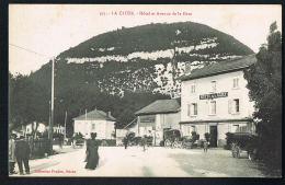 LA CLUSE  - AIN - Hotel Et Avenue De La Gare - Animée-  Collection PRUDON- Macon N° 595-Recto Verso- Paypal Sans Frais - Francia