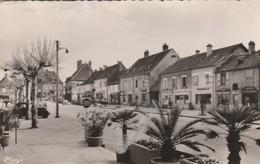 - 71 - SAONE ET LOIRE - ST GERMAIN DU BOIS - GRANDE RUE - - Otros Municipios