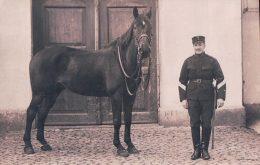 Armée Suisse, Cavalerie, Dragons à Aarau (18.3.13) - Casernes