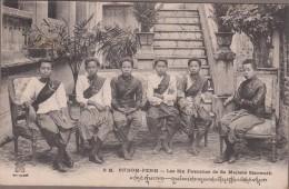 PHNOM-PENH-Les Six Favorites De Sa Majesté Sisowath - Cambodge