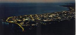 974 -  ILE DE LA REUNION - Carte Postale Illustrée - VUE AERIENNE DE SAINT DENIS DE NUIT - Saint Denis