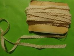 5 Lots De Dentelle  Ou Feston En Soie Sous Reserve Coloris Ecru - Laces & Cloth