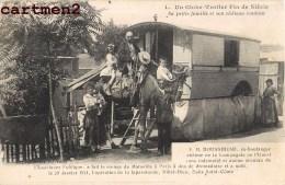GLOBE-TROTTER ET CHATEAU ROULANT DOUSSINEAU DROMADAIRE VICTIME DE LA GUERRE CIRQUE CIRCUS ROULOTTE THEATRE ATTELAGE - Circus