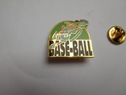 Superbe Pin´s En EGF , Baseball , Signé AGEP - Honkbal