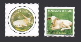 NIGER YT 1656/7 1656 1657 Vache Et Veau Boudouma  FAUNA ANIMALS ANIMAUX 2003 MNH ** RARE - Niger (1960-...)