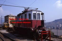 Reproduction Photographie D´un Ancien Train à Voie étroite Ferrovia Genova Casella à Gènes En Italie En 1984 - Riproduzioni