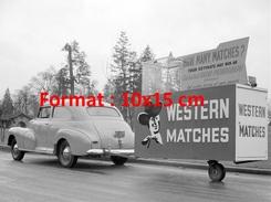 Reproduction D'une Photographie D'une Chevrolet Stylemaster Town Sedan Avec Remorque Publicitaire Western Matches 1948 - Reproductions