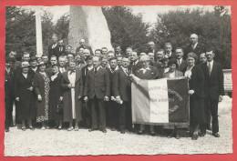 Photo  D´ époque - VERDUN ( 55 ) - BOIS DES CAURES - Union  Anciens Combatants - AMIENS - Chemin De Fer Du Nord - Guerre, Militaire