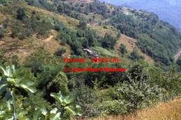 Photographie D'une Vue Panoramique D´un Train à Voie étroite Ferrovia Genova Casella Sortant D'un Tunnel à Gènes Italie - Riproduzioni