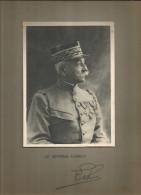 Photographie Dédicacée , 19 X 14 Sur Support 32.5 X 25 , Militaria , Le Général LEBRUN , Frais Fr : 1.55€ - Dédicacées