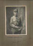 Photographie Dédicacée , 19 X 14 Sur Support 32.5 X 25 , Militaria , Le Général GARNIER-DUPLESSIS , Frais Fr : 1.55€ - Dédicacées