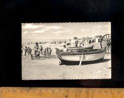NOTRE DAME DE MONTS Vendée 85 : La Plage 1959 Barque Canot Enfants Cabines - Other Municipalities
