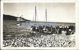 62128 BOLIVIA LA PAZ LAGO TITICACA COSTUMES PEOPLE IN BOAT YEAR 1945 POSTAL POSTCARD - Bolivien