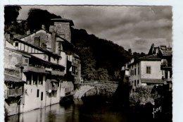 SAINT JEAN PIED DE PORT.  VIEILLES MAISONS  SUR LA NIVE - Saint Jean Pied De Port