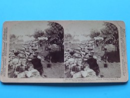 The AMERICANS Fighting From Stone-Wall Taquig, Luzon P.I. ( Underwood & Underwood N° ) Zie Foto´s Voor Details ) ! - Stereoscopic